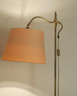 Lampadaire antique